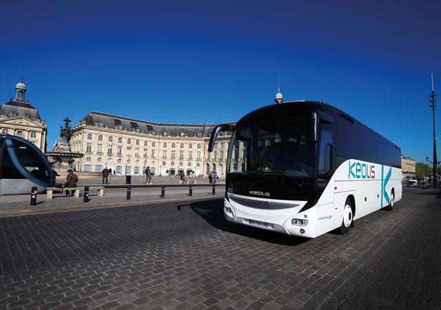 Location de bus avec conducteur en Aquitaine